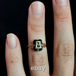 Antique Victorian mourning ring, initial ring, 9ct gold and Onyx