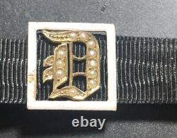 Beautiful Victorian 9ct Gold Seed Pearl & Enamel Mourning Letter D Bracelet