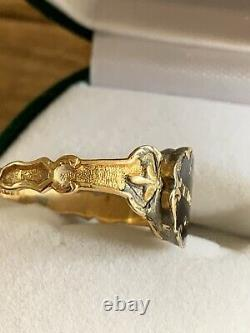 Victorian Mourning Ring Size L, c. 1834 18ct Gold, Hair In The Back